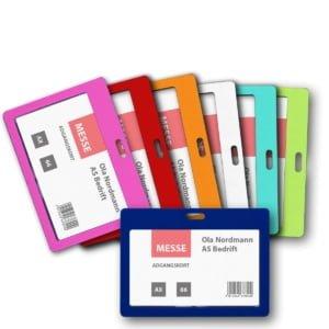 Navneskilt1706 Farger 300x300 - Kortholder i farget plast for nøkkelbånd
