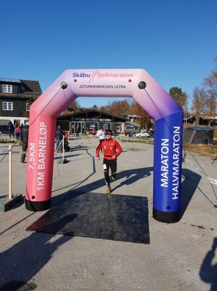 SkåbuBilde6 448x600 - Skåbu Fjellmaraton